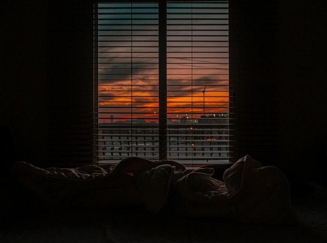 dim-bedroom